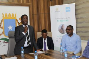 Somali Information Minister opens training for Journalists in Mogadishu+picts