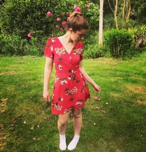 robe rouge fleurs wearly