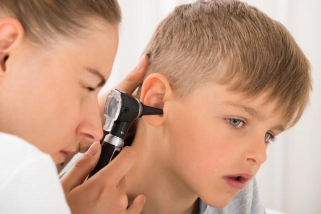 5 lý do khiến trẻ bị giảm thính lực phụ huynh cần lưu ý