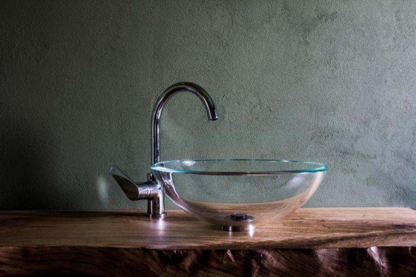 советы по уходу за столешницей в ванной