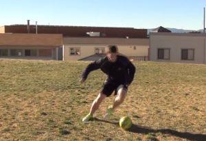 regate de hombro fútbol