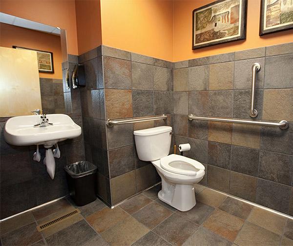 small-office-bathroom-design
