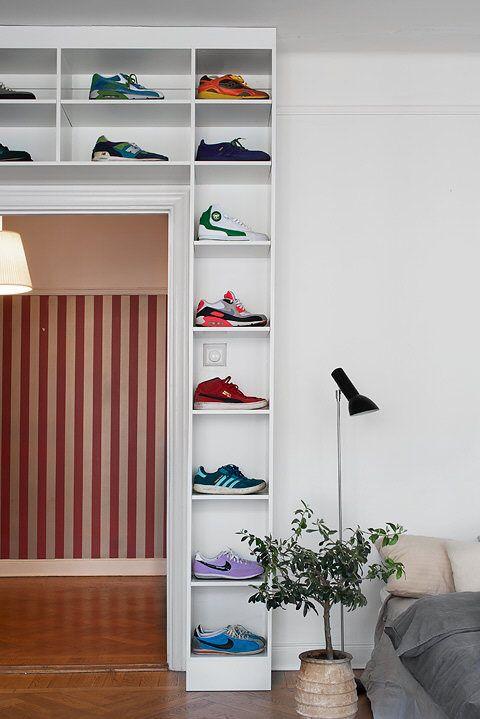 10-27-12-17-sneakers-storage-over-the-door