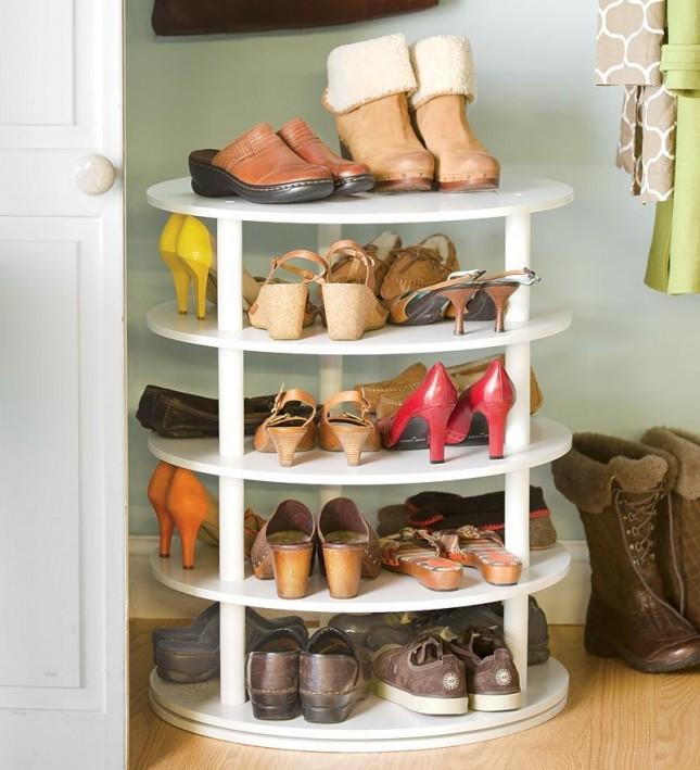 10-29-13-rotating-shoe-rack-645x709