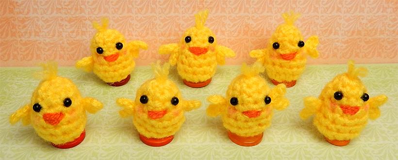 Chicks - free pattern by Moji-Moji design