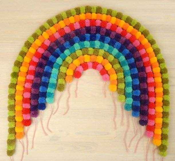 pompom-rainbow