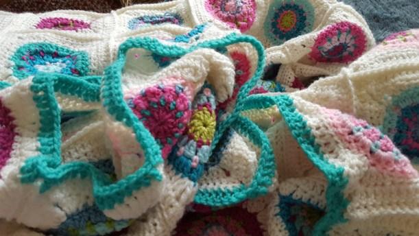 blanket-border