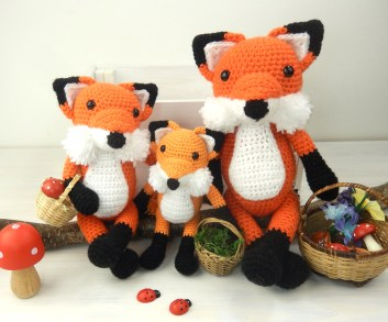 fox-family-three