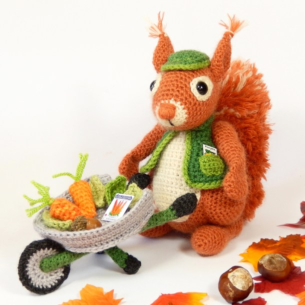 10 Free Crochet Giraffe Amigurumi Patterns - Amigurumi | 611x611