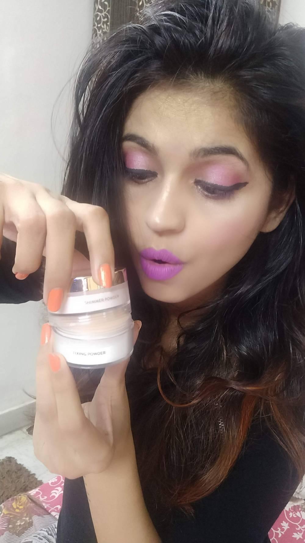 MyGlamm Glow to Glamour Shimmer Powder & Fixing powder