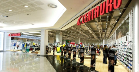 Centauro Store front - Shopping Mall