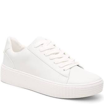 five wardrobe essentials for summer 2021 - white sneakers