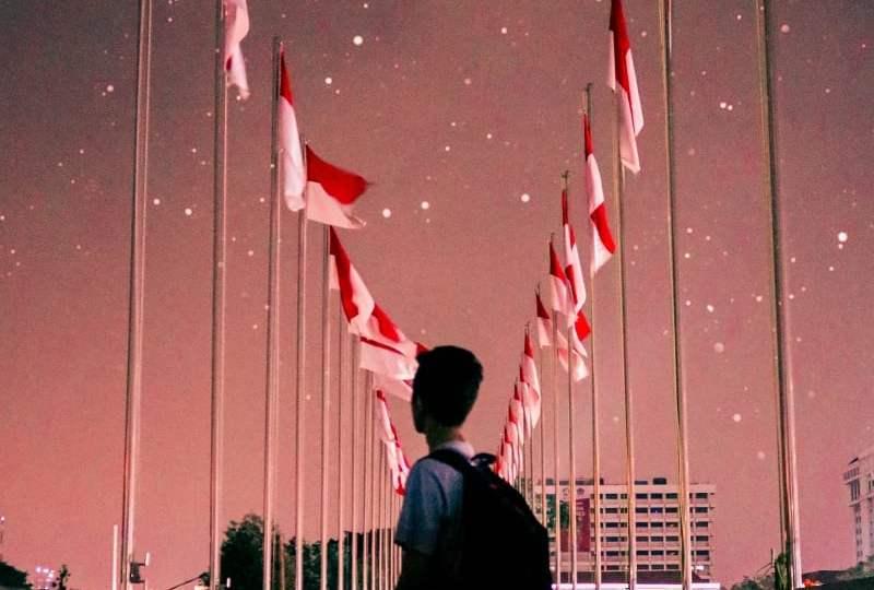 Pelajaran dari Kasus Saksi Yehuwa yang Dicap Radikal Karena Tolak Hormat Bendera