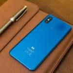 Memangnya Ada Stiker Miskin Kalau Pakai HP Xiaomi dan Sepeda Motor Beat?