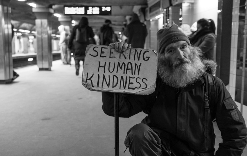 Memanfaatkan Empati Publik, Menjadi Pengemis (Kapitalis) Gaya Baru