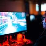 Derita Pemain Game Online yang Main Pakai HP