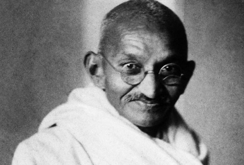 Menghisab Dosa Sosial Indonesia dari Petuah Mahatma Gandhi
