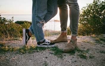 Hubungan Dilan dan Milea Itu Bukan Relationship Goal tapi Toxic Relationship