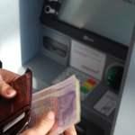 Panik Pas ATM Tertelan Bisa Berujung Kena Penipuan