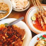 makanan dari daerah lain, pertanyaan tentang makan cak nun moral tuhan makanan yang jadi perdebatan