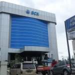 satpam bank bca pelayanan terbaik representasi perusahaan customer service satpam bank bca mojok.co
