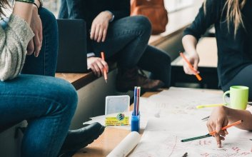 4 Cara untuk Menolak Ajakan Gabung ke Organisasi Mahasiswa terminal mojok.co