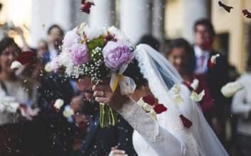 kebo mbalik kandang pernikahan mojok