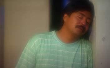 si doel anak sekolahan episode 25 musim 3 doel menangis di makam babe berantem sama roy mojok.co