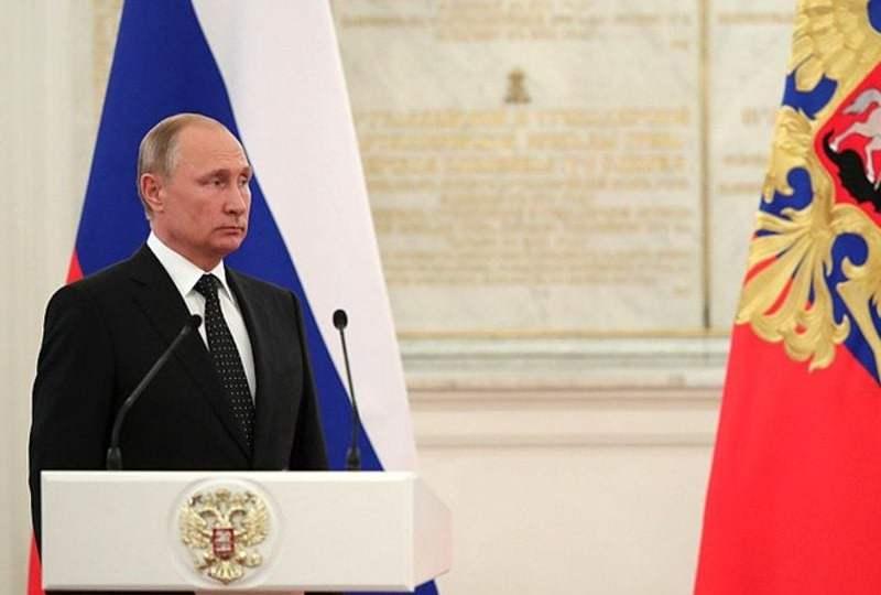 vladimir putin referendum konstitusi rusia presiden seumur hidup presiden 2036 mojok.co
