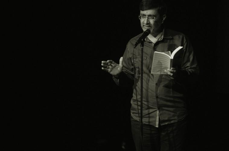 Penyair vs Prosais: Sebuah Komparasi Asmara dan Jodoh