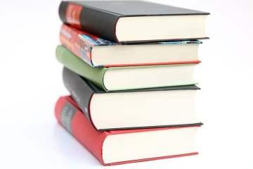 Lima Buku yang Mesti Segera Dicetak Ulang