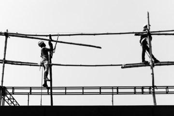 Lima Jurus Kelas Menengah Ketika Menginjak Kaum Buruh
