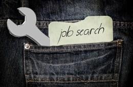 Tuhan, Maafkan Kami yang Tidak Bisa Mencari Pekerjaan Halal 100%