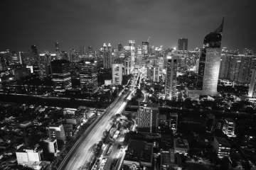 Bu Risma Tak Akan ke Jakarta
