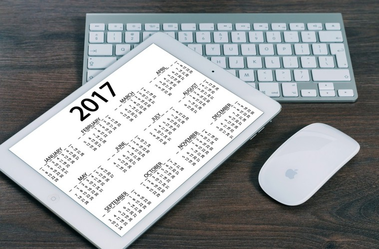 Bijak Memilih Kalender, Bekal Menjalani 2017