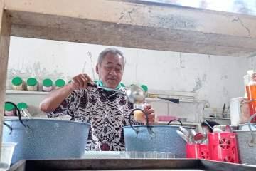 Rudi Supriyadi, generasi ke-5 Jamu Ginggang