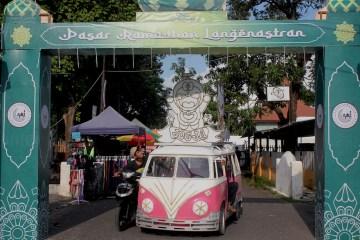 Berburu takjil gratisan dan yang berbayar dari pasar ramadhan Jogokariyan hingga Pasar Ramadhan Langenastran