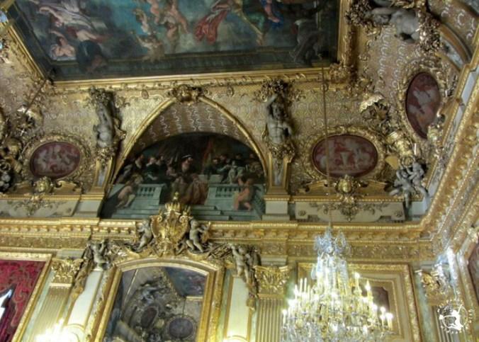 Mój Punkt Widzenia Blog - ozdoby i rzeźby w Luwrze, Paryż