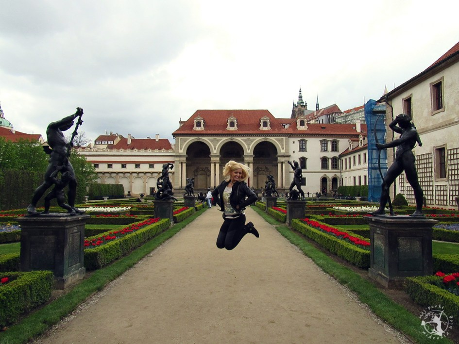 Mój Punkt Widzenia Blog - co trzeba zobaczyć w Pradze, atrakcje i skok w Czechach