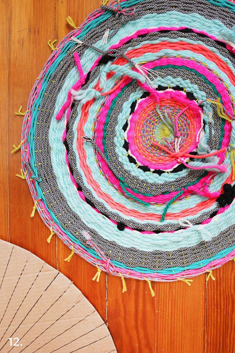 DIY kružni tkani tepih - pozadina.