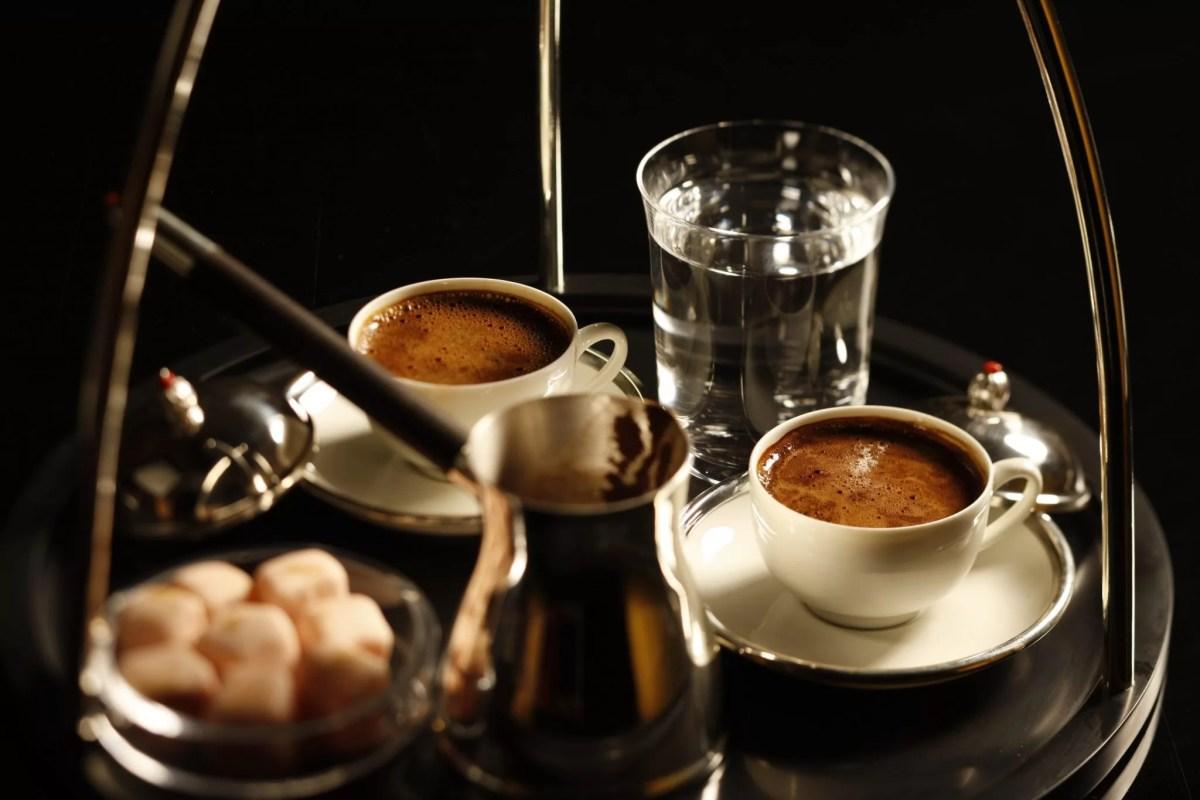 Türk Kahvesi: Tarihi, Hazırlanışı, Sunumu ve Püf Noktaları