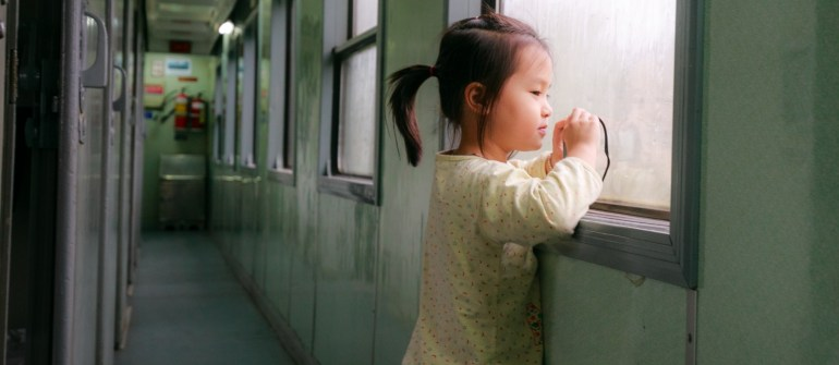 Bambini in treno: le compagnie e le tratte dove sedersi col passeggino