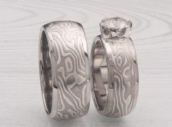 custom palladium wedding set