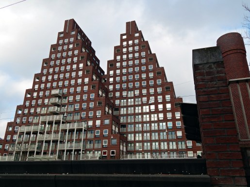 de-piramides-marcanti-laan-jan-van-galenstraat-amsterdam-009