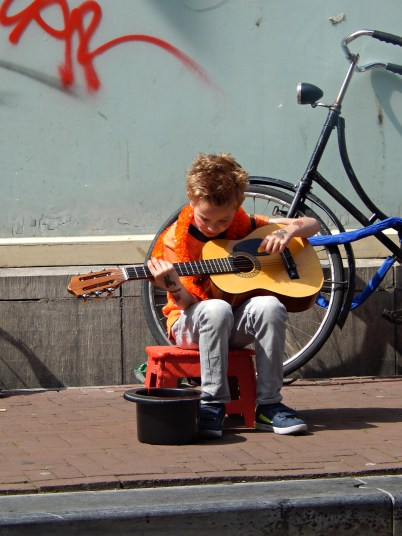 koningsdag_2014-antoniebreestraat-amsterdam-042