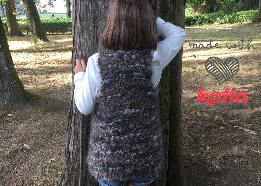 Ethnic sleeveless pullover.