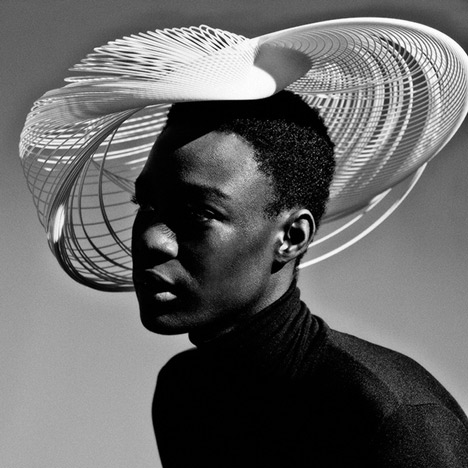 Gabriela-Ligenza-launches-3D-printed-hats-for-Ascot-_molecule.4