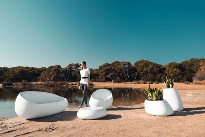 Stone, by Vondom-outdoor-molecule design