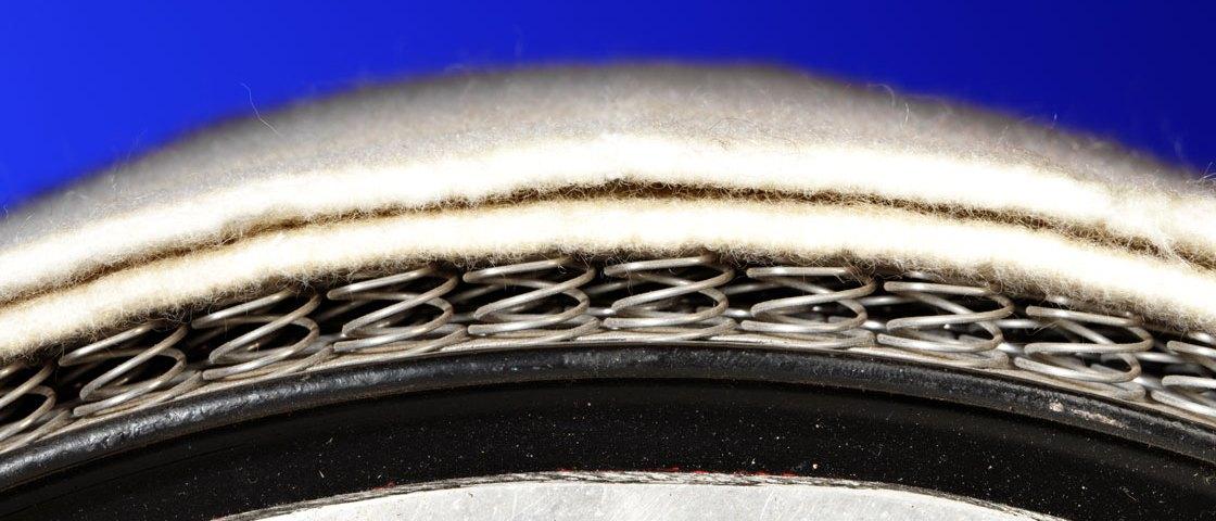 Упругое покрытие гладильного катка