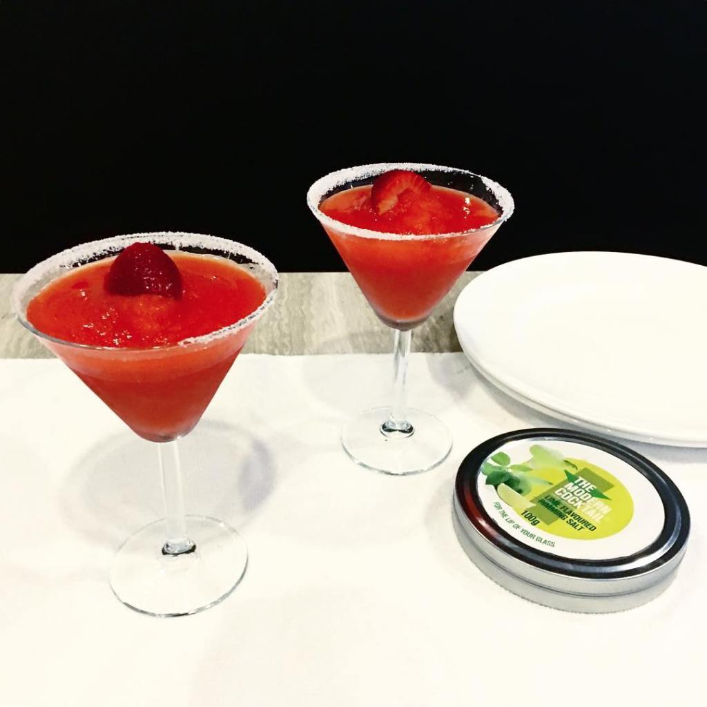 Strawberry margaritas? Dont mind if I do! drinkup humpday